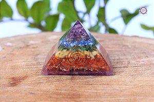 Orgonite Pirâmide 7 Chakras | Harmonização dos Principais Chakras do Corpo