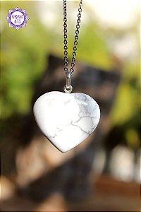 Pingente Coração Howlita (Prata 950) 8g | Harmonia e Cura Emocional