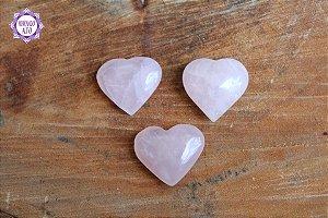 Coração de Quartzo Rosa Natural (aprox 8g) | Pedra do Amor e Cura Emocional
