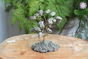 Árvore de Pirita 10 cm (Aprox. 290g) | Abundância, Força de Vontade e Prosperidade