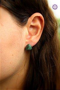 Brinco de Esmeralda Triangular (Prata 950) | Pedra do Amor Divino, Cura e Prosperidade