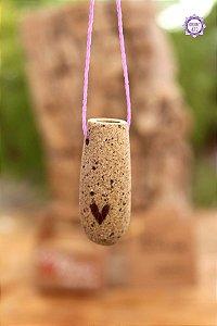 Colar Afeto | Difusor Pessoal de Cerâmica com Cordão Roxo Ajustável