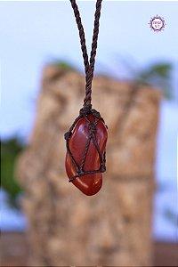 Castroado de Jaspe Vermelho com Cordão Marrom Ajustável | Pedra da Memória e Energia Kundalini