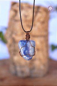 Colar de Quartzo Azul com Cordão Ajustável (Arame cobreado) | Cristal de Sintonia Psíquica e Força Interior