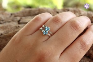 Anel de Topázio Azul Facetado em Prata 950 (Ajustável ao dedo) para Cristal da Comunicação Clara e Intuitiva