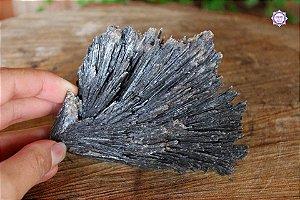 Cianita Negra Especial (Vassoura de Bruxa) 218g com 11cm | Pedra para Cura Energética e Proteção