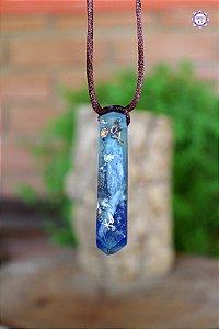 Colar Ponta de Orgonite Azul com Cianita Azul e Quartzo | Cordão Marrom Tamanho Ajustável