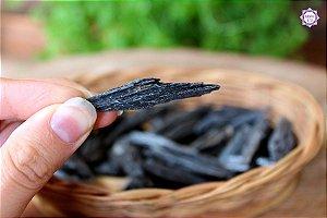 Mini Cianita Negra - Vassoura de Bruxa | Pedra para Cura Energética e Proteção