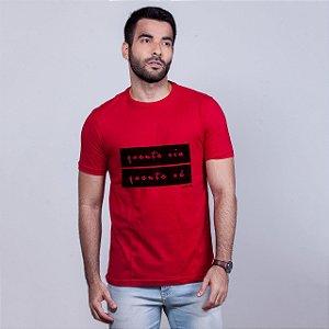 Camiseta Quente Viu, Quente Vê Vermelha Carito