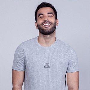 Camiseta Atitude Poder e  Respeito Mescla