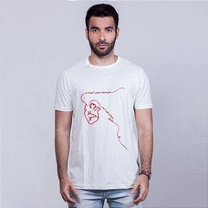 Camiseta Akai ito Branca May x Sem Etiqueta Collab