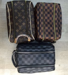 Necessaire Louis Vuitton