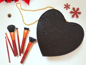Heart In Luv - glitter preto