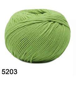 FIO AMIGURUMI SOFT 150 MTS COR 5203 GREENERY
