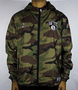 JAQUETA ESPECIAL New Era Camuflada Brooklyn Nets