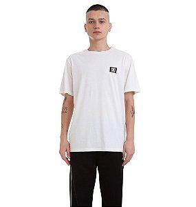 Camiseta Stage Box 2 DC Shoes Branca