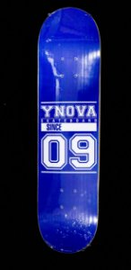 "SHAPE YNOVA SKATEBOARD BLUE 7.75""+ LIXA GRÁTIS"
