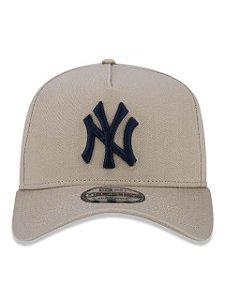 BONÉ NEW ERA 9FORTY A-FRAME ABA CURVA AJUSTÁVEL MLB NEW YORK YANKEES BASIC BEGE