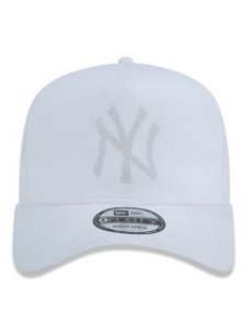 BONÉ NEW ERA 9FORTY A-FRAME ABA CURVA AJUSTÁVEL MLB NEW YORK YANKEES MONOTONE PUFF BRANCO