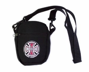 SHOULDER BAG INDEPENDENT TRUCK-CO. PRETA