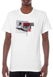 Camiseta DC Shoes Tiago Court Branca