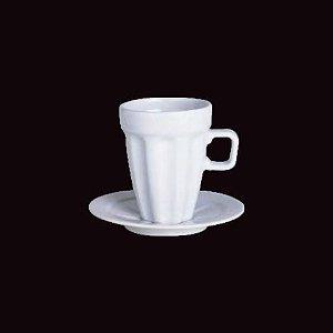 Xicara de Cappuccino com Pires Pingada