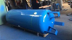 Reservatório Vertical para Ar Comprimido 500L em Aço Carbono Pressão de Trabalho 10,5kg