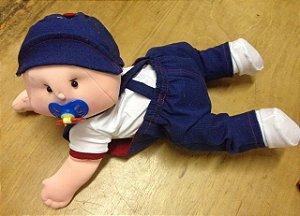 Boneco articulado - Bebê engatinhando