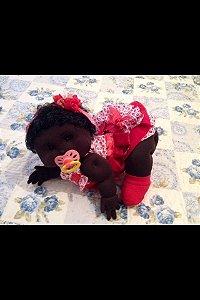 Boneca articulada - Bebê negra engatinhando