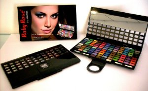 Kit de Sombras Ruby Rose com 100 cores HB-9210