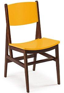 Cadeira Dumont com Acento e Encosto na Cor Amarela