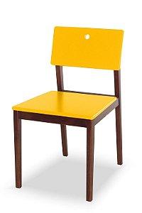 Cadeira Flip com Acento e Encosto na Cor Amarela