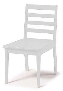 Cadeira Imperial com Encosto Ripado e Acento na Cor Branco