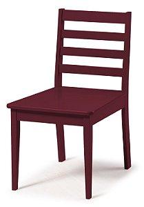 Cadeira Imperial com Encosto Ripado e Acento na Cor Vinho