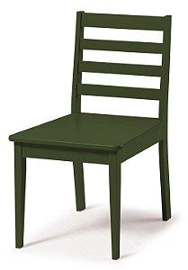 Cadeira Imperial com Encosto Ripado e Acento na Cor Verde Oliva