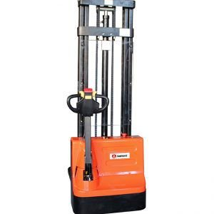 Empilhadeira Elétrica 3,5metros / 1.6 Toneldas