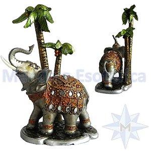 Elefantes com Coqueiros