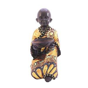 Buda com tecido Servindo