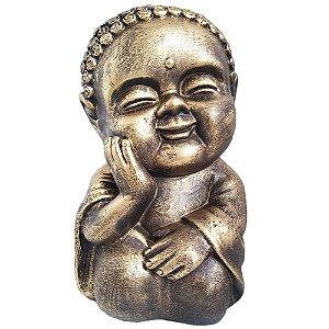 Monge Hindu Menino com a mão no rosto
