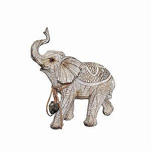 Elefante Marrom com Pingente Love