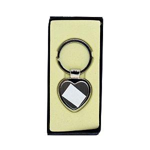 10 - Chaveiro Metal com resina e caixa Coração Luxo