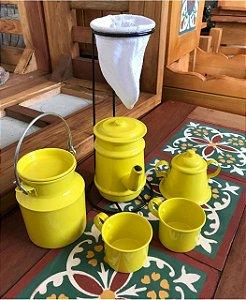 Cantinho do Café com Kit Bule Amarelo em Alumínio com Caneca