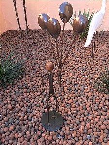 Escultura de Ferro Garoto Com Balões