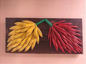 Quadro Decorativo Madeira Maciça Bananas e Pimenta Entalhada