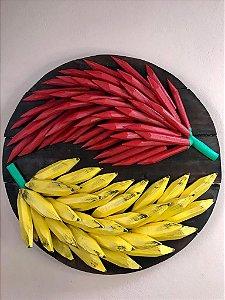 Mandala Decorativa Madeira Maciça Banana e Pimenta Entalhada