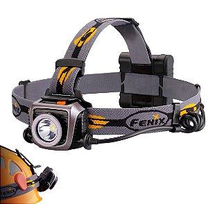 Lanterna de Cabeça Fenix HP15 UE Profissional 4 pilhas AA Led Cree Forte de 900 Lumens Leve e Confiável