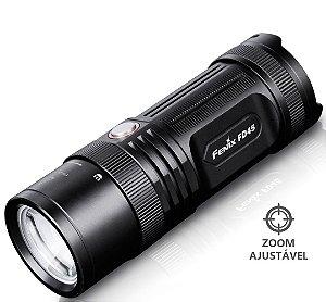 Lanterna Fenix FD45 Holofote Led de 900 Lumens com Zoom Ajustável e 4 Pilhas AA