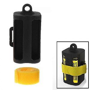 Case plástico Nitecore para 4 baterias 18650 NBM40 preto