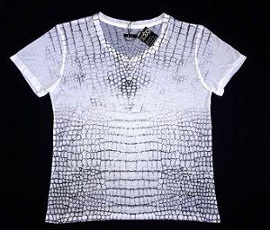 Camisa Manga Curta Estampa Couro de Cobra Branco