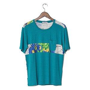 Camiseta Frente Verde e Costas Floral